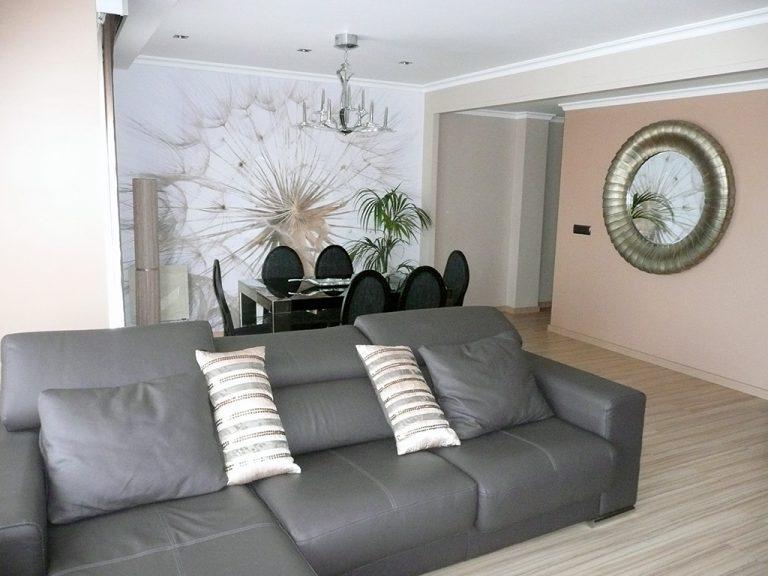 Proyecto 22140 desarrollado por CASANOVA en Sueca (Valencia): mesas, sillas, tapicería, espejo, panel japonés, iluminación y decoración (9).