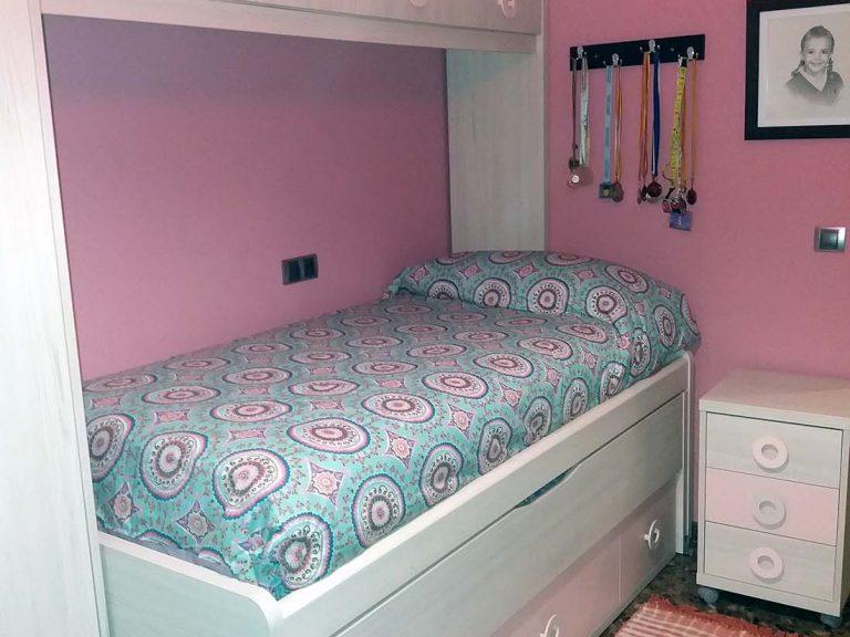 Proyecto 27635 desarrollado por CASANOVA en Sueca (Valencia): dormitorio juvenil, iluminación y cortinas.