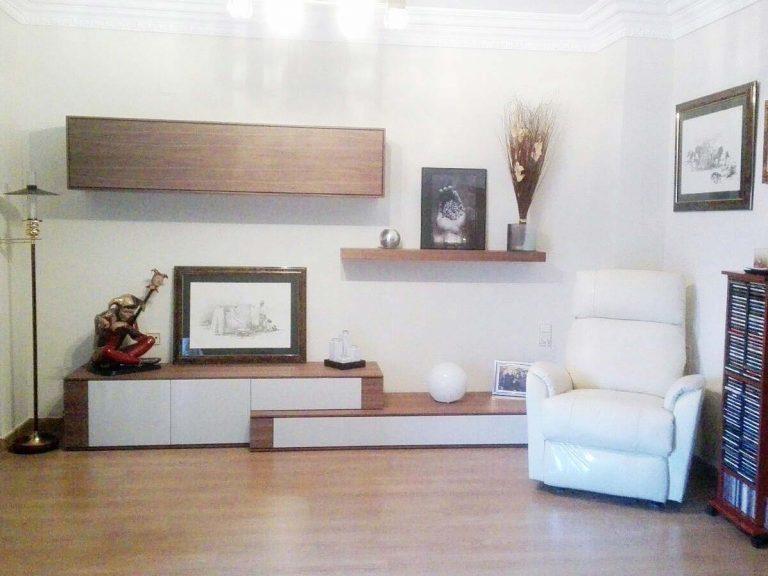 Proyecto de salón/comedor 9268, desarrollado por CASANOVA en Sueca (Valencia): mesa de comedor, 6 sillas, composición de salón, iluminación, sillón relax, tapicería y decoración (3).