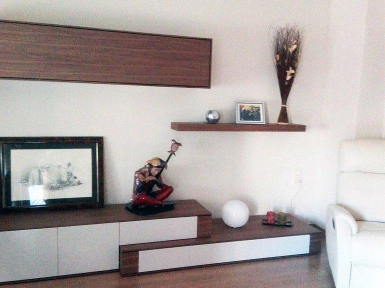 Proyecto 9268 desarrollado por CASANOVA en Sueca (Valencia): composición de salón, iluminación, sillón relax, tapicería y decoración (4).