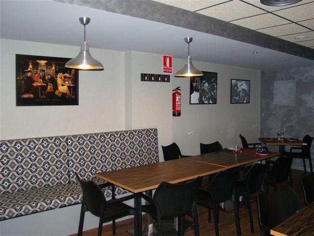 Proyecto desarrollado por CASANOVA en Sueca (Valencia): sillas y mobiliario de hostelería (7).