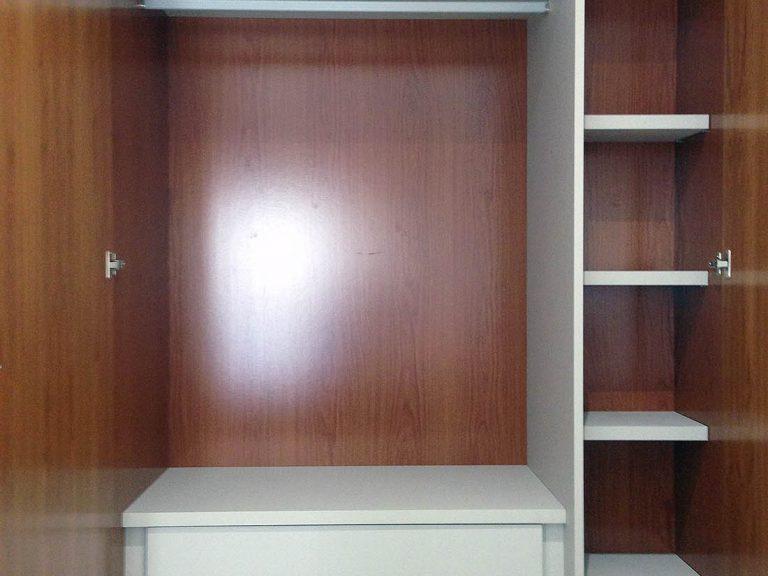 Proyecto 27727 desarrollado por CASANOVA en Sueca (Valencia): armario empotrado de 4 puertas.