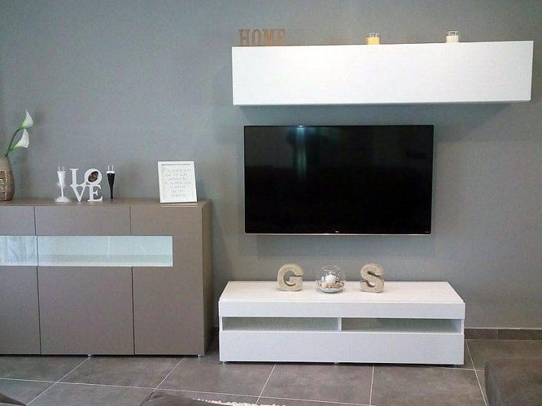 Proyecto de salón y dormitorio 27877, desarrollado por CASANOVA en Xeraco (Valencia): salón, comedor, aparador, tapicería y decoración.