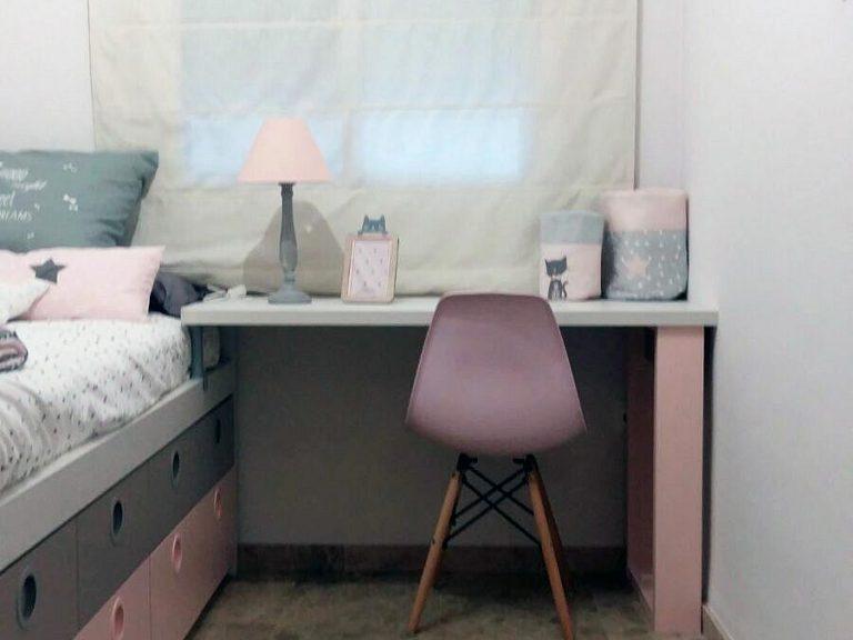 Proyecto 16948 desarrollado por CASANOVA en Sueca (Valencia): cama, zona de estudio, iluminación y decoración textil del dormitorio juvenil (5).